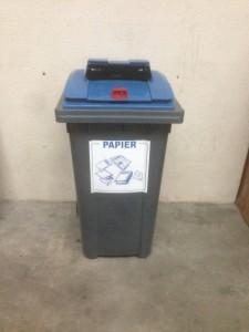 conteneur papiers à détruire destructeur de l'est